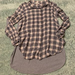 Tops - Plaid Thermal Back Button Down Tunic Top JJ11